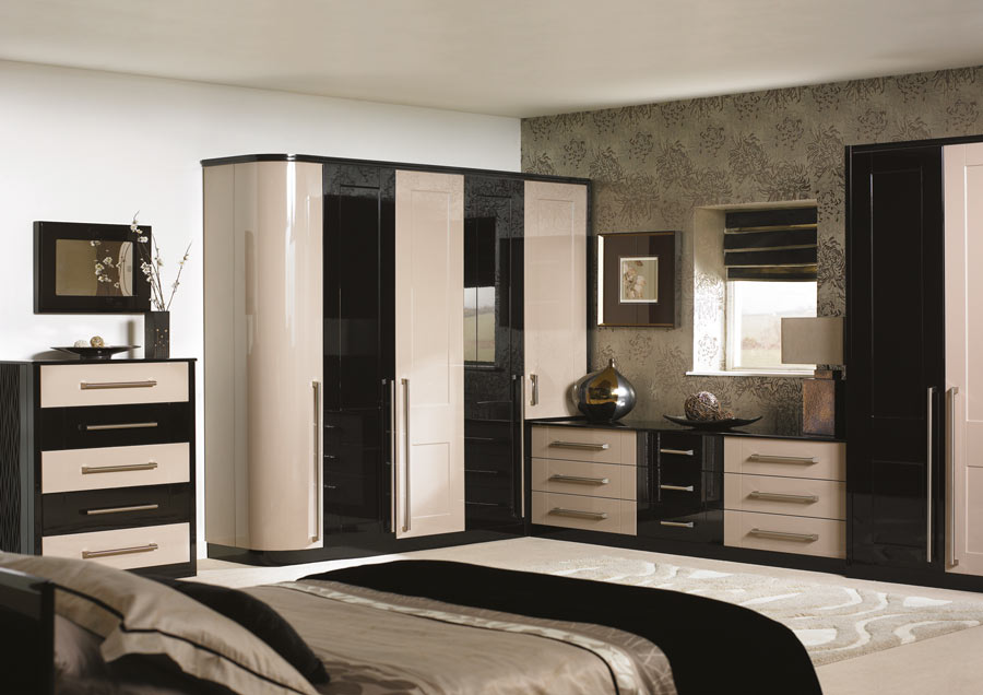 luxury-bedroom-fitting